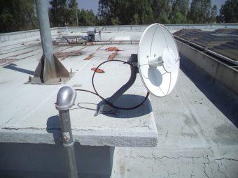 Nền tảng ePMP xây dựng để cung cấp kết nối từ một thành phố đến một trung tâm thương mai cách xa nhau.